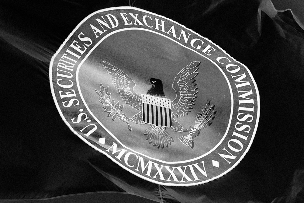 Revised SEC Rules Could Help Large RIAs Advertise, Upheave Social Media